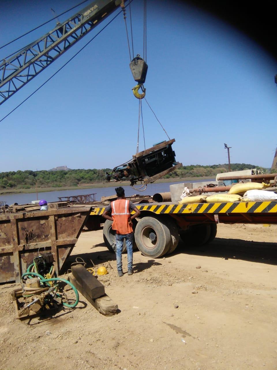 crane carrying rig